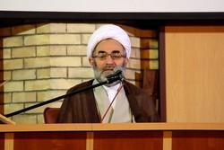 وحدت میان امت اسلامی سبب رفع شدن بسیاری از مشکلات می شود