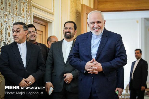 دیدار جرمی هانت وزیر امور خارجه انگلیس با محمدجواد ظریف وزیر امور خارجه ایران