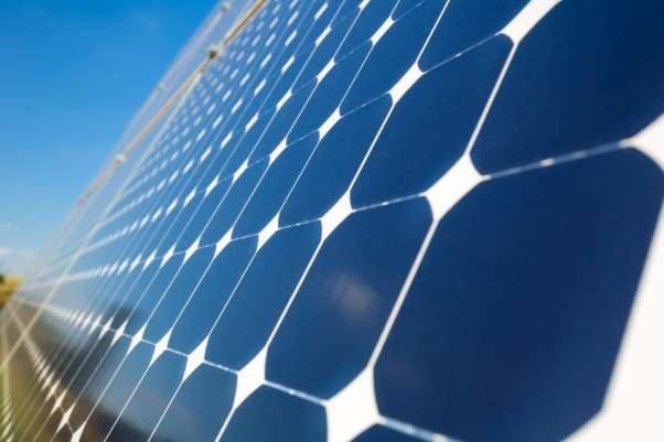 استفاده از سلول های خورشیدی در تامین برق تجهیزات مخابراتی