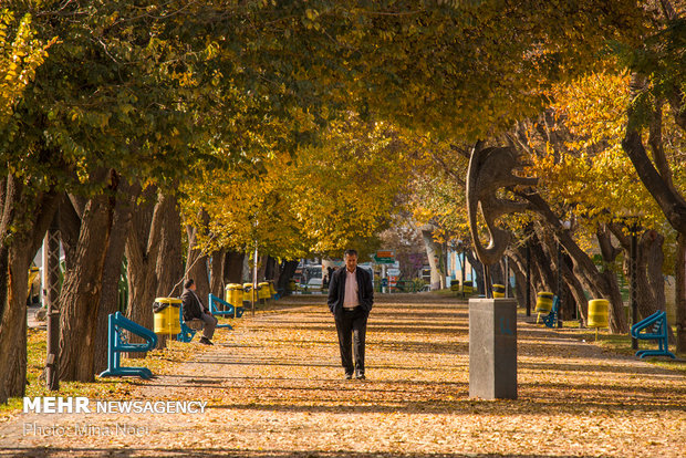 Tabriz reflecting elegant beauties of autumn