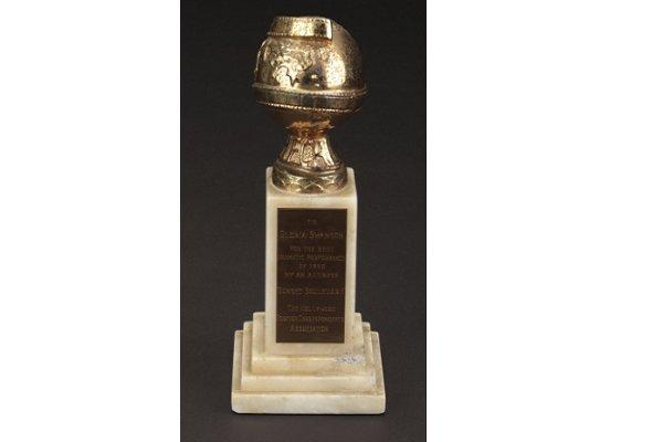 جایزه گلدن گلوب بهترین بازیگر زن درام متعلق به گلوریا سوانسون