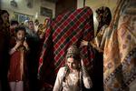 """طقوس الزفاف لدى التركمان في """"كلستان"""" شمال ايران / صور"""
