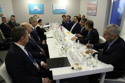 Iran, Russia road ministers discuss bilateral coop. in Moscow