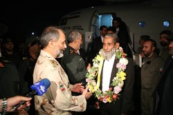 5 abducted Iranian border guards return home