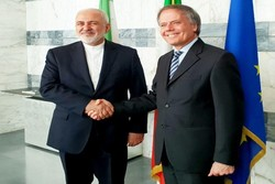 Iranian, Italian FMs hold meeting in Rome