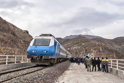 راه اندازی راه آهن همدان - تهران توسعه استان را سرعت میدهد
