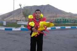کشتی گیر مرندی مدال نقره جهانی را به گردن آویخت