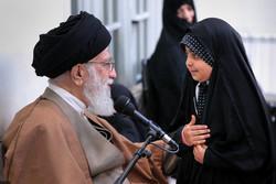 Devrim Lideri şehit ailelerini kabul etti