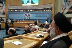 هوشیاری و اتحاد جهان اسلام راه مقابله با توطئهها است/ تفرقهافکنی سلاح دشمنان