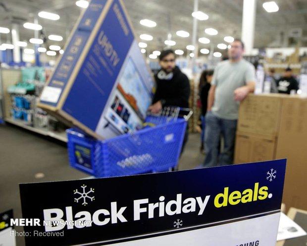 هجوم برای خرید اجناس ارزان در آمریکا