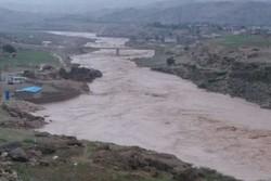 شهر پلدختر در تهدید سیلاب/ دیواره ساحلی پشت وعدههای توخالی فروریخت