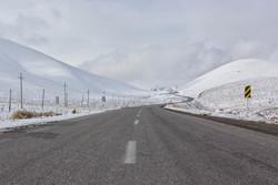 بارش برف در ۴ استان/ ۱۱محور مواصلاتی مسدود است