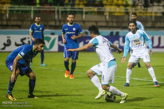 تساوی استقلال برابر همنام خوزستانی در نیمه اول/ دو گل مردود شد