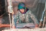«خاله طاهره» بانویی که جوانی را در تاروپود جاجیمهایش جا گذاشت