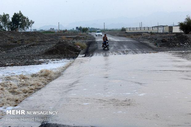 بارش شدید باران و طغیان رودخانه ها در سیریک