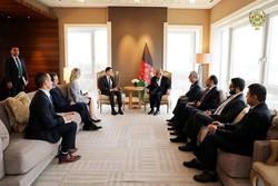 دیدار رئیس جمهوری افغانستان با معاون وزیر خارجه آمریکا