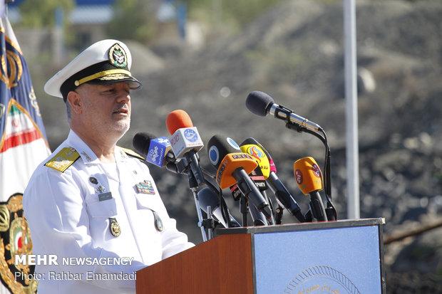"""قائد بحرية الجيش: """"سهند"""" تعتبر المدمرة العسكرية الإيرانية الأكثر تطورا"""