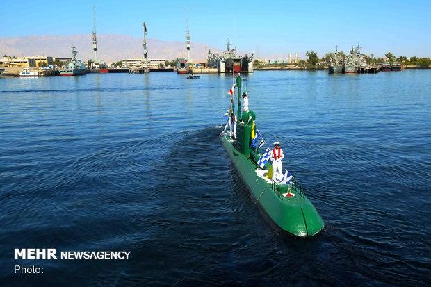 """إلتحاق غواصتان من طراز """"غدير"""" الى الاسطول البحري الايراني"""