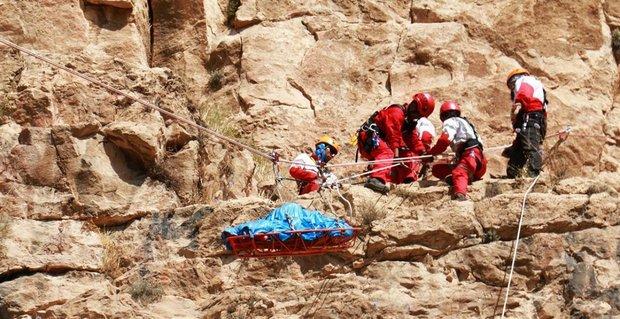 امدادرسانی در ۶ استان گرفتار حوادث جوی/ نجات ۴۶۱ نفر,
