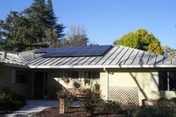 کاهش هزینه نصب سیستم خورشیدی/ خانه های کالیفرنیا خورشیدی می شود