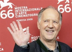 German film director Werner Herzog poses for photographers during a photocall at the 66th Venice Film Festival September 5, 2009. (Reuters/Tony Gentile)