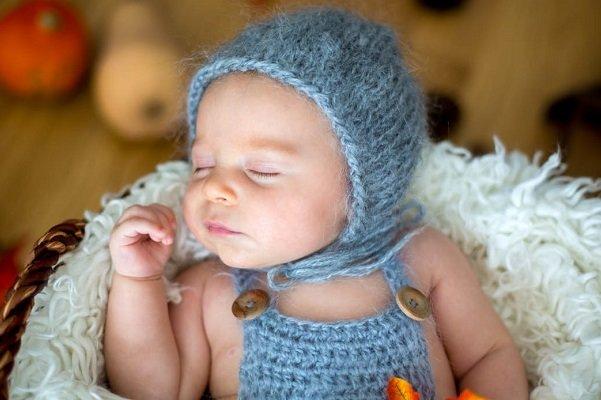 نوزادی با ۳ والد در یونان متولد شد