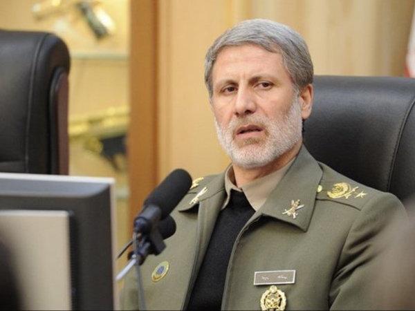 وزير الدفاع: ايران ستواصل تقدمها رغم الحظر