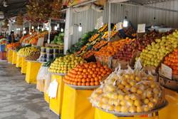 روزانه فقط ۳۰ درصد از میوه های بازار کرمانشاه به فروش می رسد