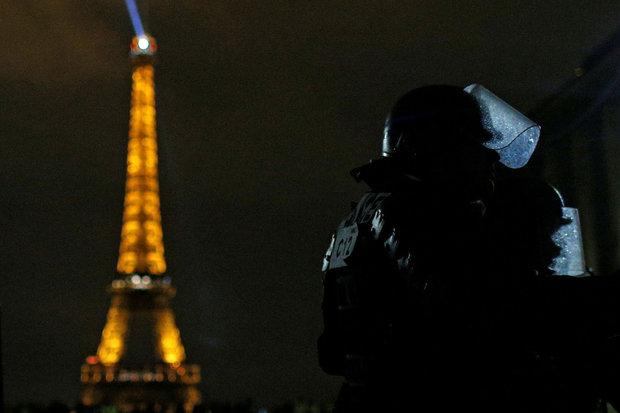 إحتجاجات اصحاب الستر الصفراء في باريس