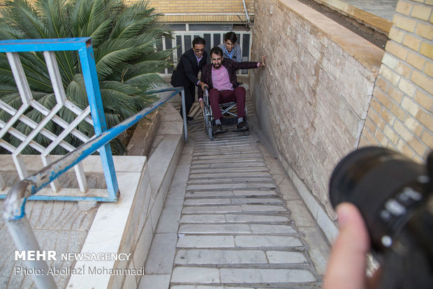 Yadi journalists pay respect to Intl. Day of Persons with Disabilities