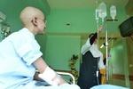 بیماران مبتلا به سرطان اهواز در محل درمان دارو دریافت می کنند