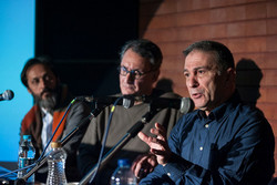 نگارش یک کتاب به دلیل کمبود منابع درباره هنرهای تجسمی ایران