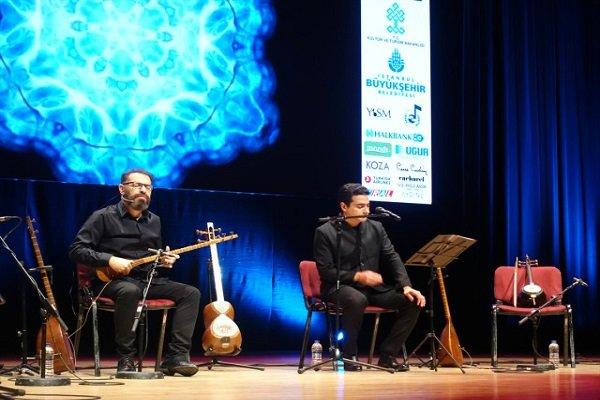 İranlı müzisyen Hümayun Şeceryan İstanbul'da konser verdi