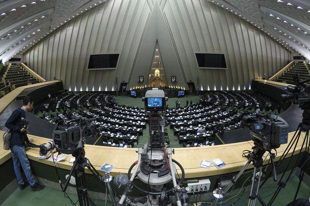 مجلس الشورى يبدأ جلسته العلنية لمناقشة اصلاح قانون انتخابات البرلمان