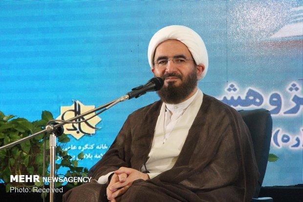 علمای استان بوشهر نقش مهمی در بیداری و بصیرت مردم داشتهاند