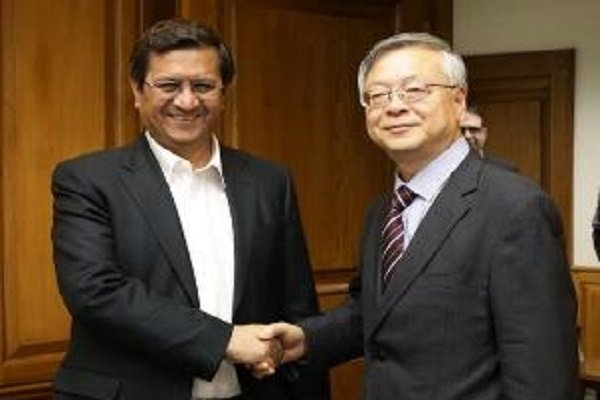 Iran, China discuss ways to enhance banking ties