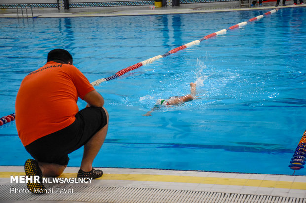 Iranian boy with Down Syndrome breaks record in swimming