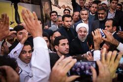 روحانی وارد سرخه شد/ دیدار با مردم زادگاه