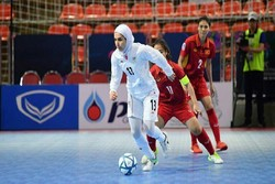 Etedadi nominated for World's Best Female Player