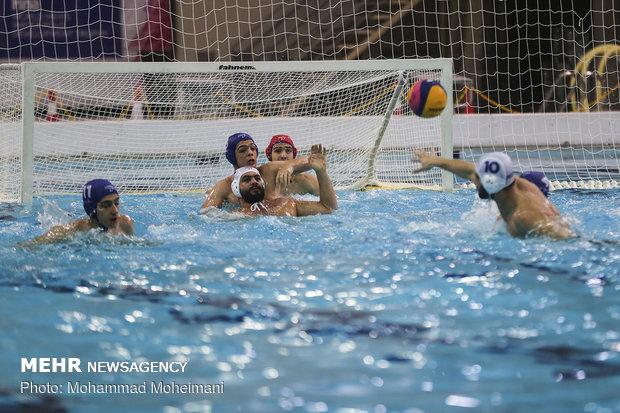 انطلاق المرحلة الاولى من مسابقات الدوري الممتاز لكرة الماء في طهران
