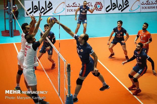 دیدار والیبال سایپا تهران و شهرداری تبریز
