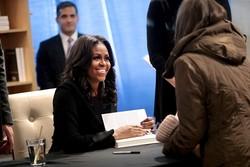 کتاب خاطرات میشل اوباما در راه تبدیل شدن به پرفروشترین تاریخ