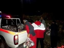 امدادرسانی به ۸۸ خانوار گرفتار در سیلاب/ توزیع بستههای غذایی ۷۲ ساعته