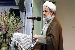 نظام اسلامی در اوج عزت است/ آمریکا  در حال فرو پاشی از درون