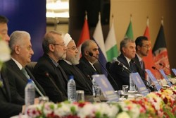 US sanctions against Iranian nation 'clear example of economic terrorism'