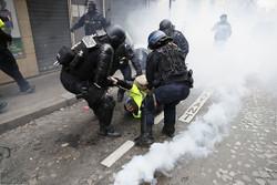"""اقتراح ترامب لخروج فرنسا من أزمة """"السترات الصفراء"""""""