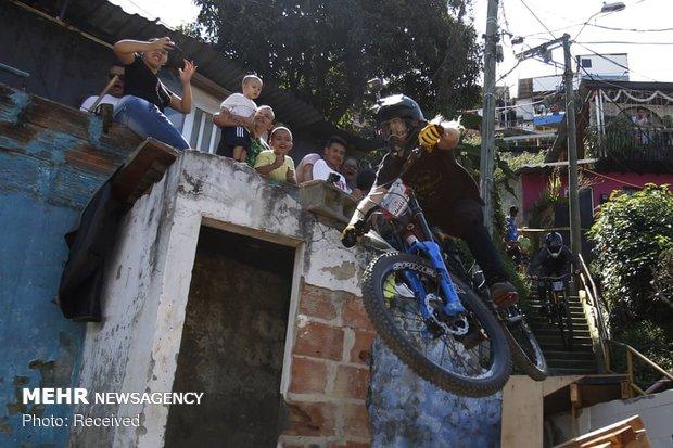 مسابقه دوچرخه سواری سراشیبی شهری