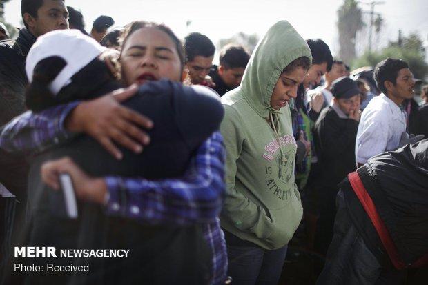 تلاش پناهجویانبرای ورود به خاکآمریکا