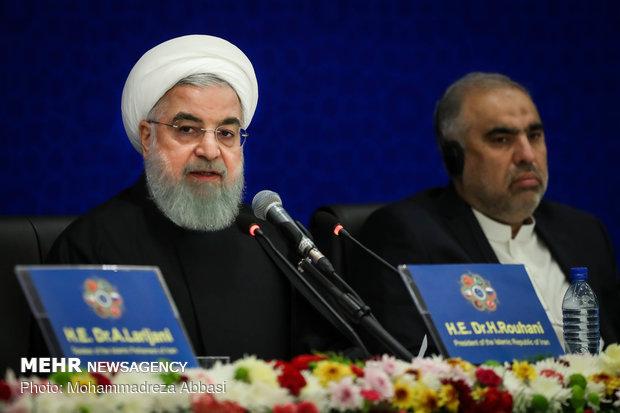 Ruhani: Türkiye'nin cezalandırılması sonucu hepimiz zarar görürüz
