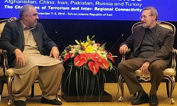 پاکستان کی قومی اسمبلی کے اسپیکر اسد قیصر کی ایرانی اسپیکر لاریجانی سے ملاقات